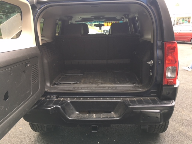 hummer-rear-hatch-open