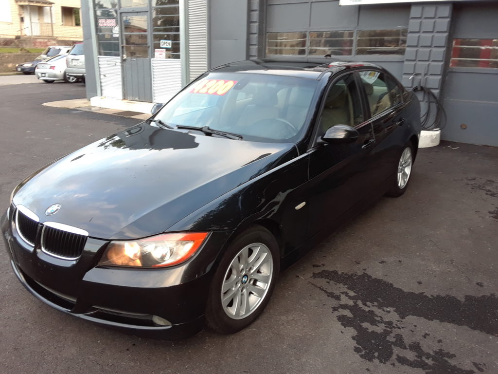 BMW 328i For Sale at Columbus Auto Group West