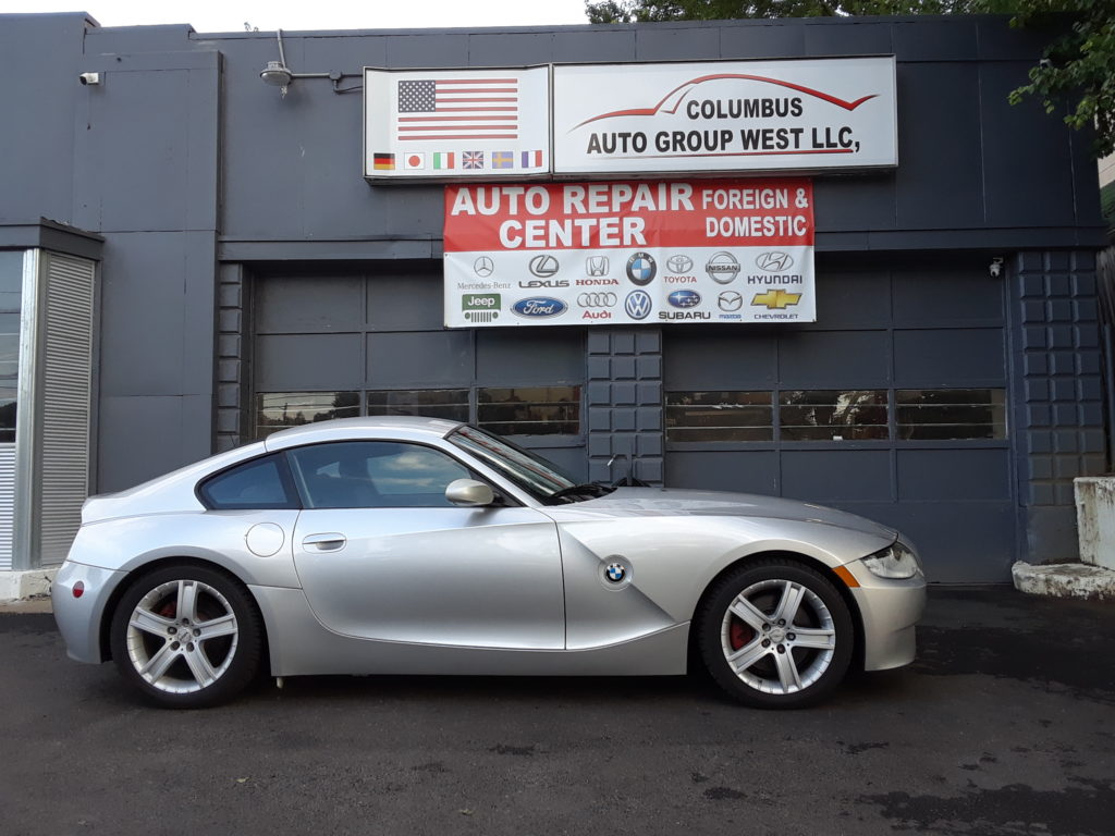 bmw-z4-passenger-side-view